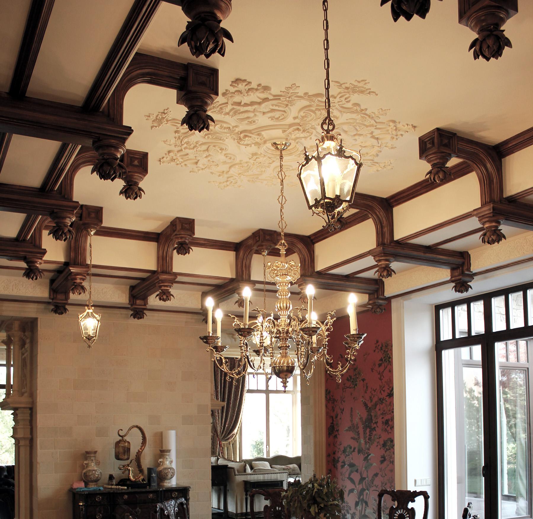 Гипсовые элементы кессонированного потолка имитация дерево